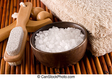 Bath accessories: sea salt, foot brush and pumice, body...