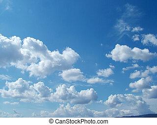 天空, 多雲