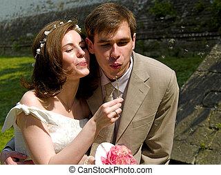 Happy couple 3 - Happy couple and dandelion