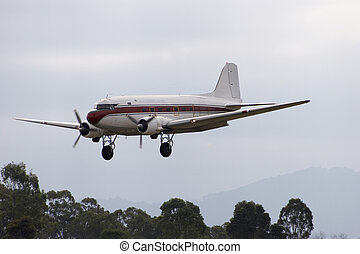 Douglas DC-3 coming in for a landing