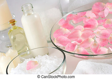 Rose petal spa - Rose petals, bath salt, body oil, body...