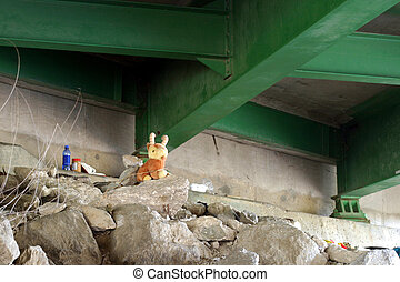 Homeless Home 2 - Sleeping quarters under a road bridge, SE...