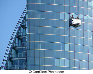 window washers cleans skycraper