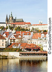 Prague Castle Scenic - The Prague Castle overlooking the...