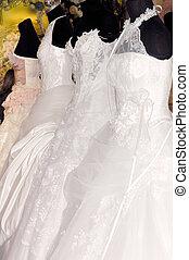 Wedding 1 - Wedding gowns on manequens
