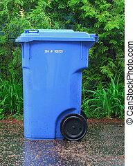 Recycle bin 2 - blue recycle bin
