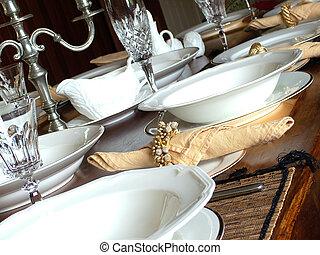 Dinner setting - Elegant whiteware dinner setting