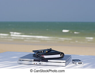 Beach office - All you need for your mobile office by a...