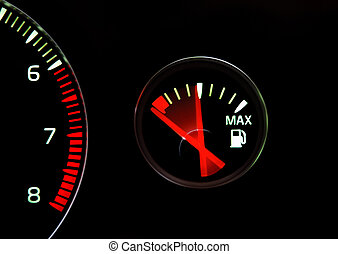 Empty tank - Fuel gauge on the way to empty
