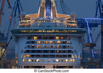 Freedom of the seas - The world biggest passanger ship ( The...