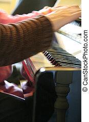 ensinando,  piano