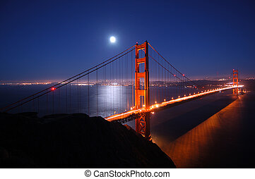 Golden Gate at night - Golden Gate bridge on a clear moonlit...