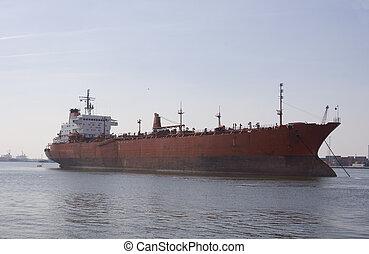 tanker - oiltanker
