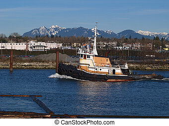 Ocean tug - Tug moving up inner harbour in Richmond