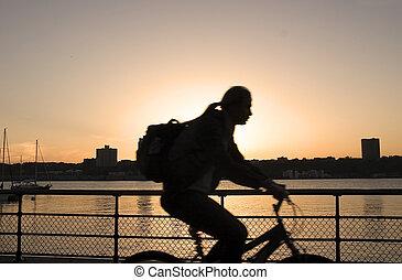 faire vélo, Coucher soleil