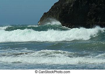 crashing waves; Brookings, Oregon
