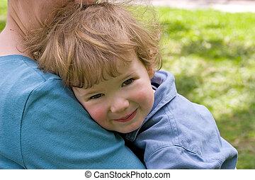 Child with mum - Child embraces mum