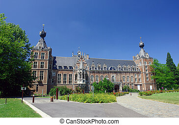 Chateau Arenbergh, Belgium - Chateau Arenbergh, Flanders,...