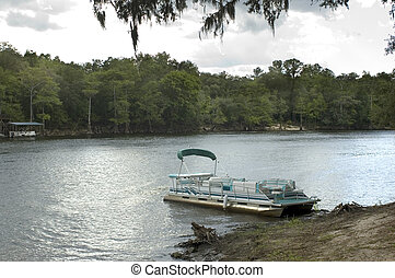 Pontoon Boat - Pontoon boat on the Suwannee River