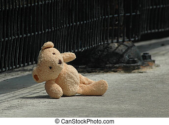 lost bear - teddy bear left behind