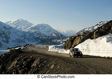 SUV adventure - Offroad driving in Alaska, near Salmon...
