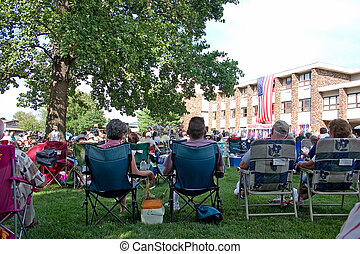 4th July concert - Some folks enjoying a 4th July concert