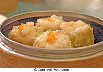 Chinese Sui Mai in Bamboo Steamer - Chinese Steamed...