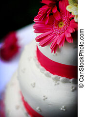 Wedding cake with flower - White wedding cake with pink...