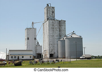 Midwestern USA Grain Co-op - A grain co-op feed mill...