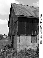 Decrepit - An old barn in rural southern ontario
