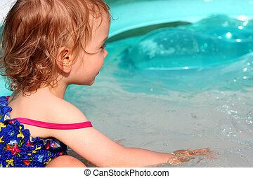 Paddling pool - Little baby in the paddling pool
