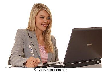 dziewczyna, komputer, trzy