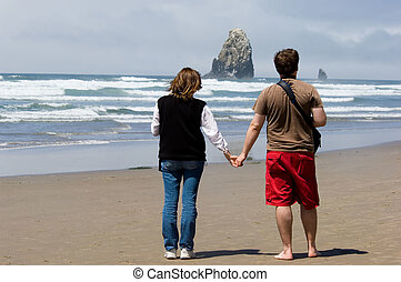 Romantic getaway - Honeymoon in Oregon, Cannon beach