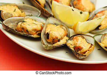 Baked mussels with mayonnaise