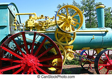 Steam Tractor 1 - Old coal-fired steam tractor