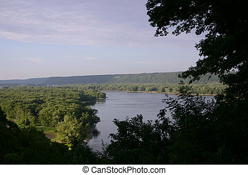 Mississippi River from Iowa overlook