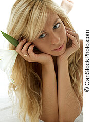 dreamer - Pretty blonde with madonna lily