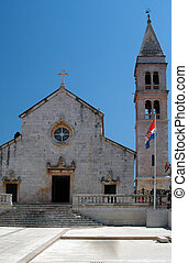 church supetar croatia - local parish church supetar broc...