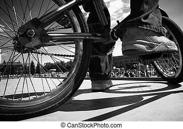 extreme bmx(focus point on the shoes) - ride bmx...