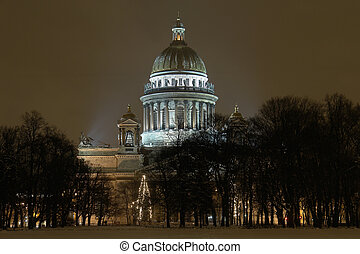 Saint-petersburg russsia the st isaacs cathedral view from...