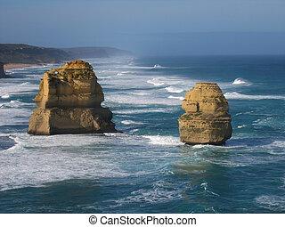 Twelve Apostles - 12 Apostles is famous australian landmark...