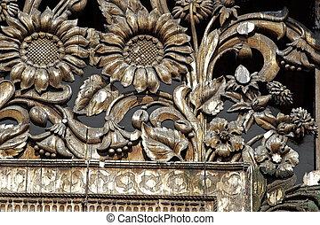 Wooden flower pattern
