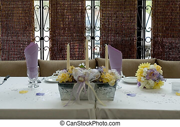 Dinner table - a pretty table setting