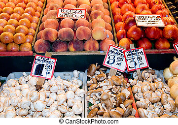 Fruit stand - Famous Pike Place Market in Seattle