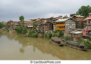 Living in Srinagar - A small community in Srinagar, Kashmir...