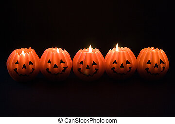 Lanterns for Halloween - Spooky candles