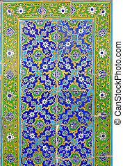 Islamic wall 2 - Pattern of Islamic ornaments on wall