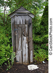 Garden Outhouse - Ornamental Outhouse in the garden