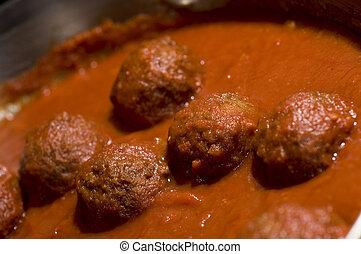 meatballs tomato sauce - meatballs in tomato sauce
