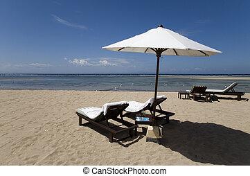 Beach chairs 8 - Beach chairs, Bali